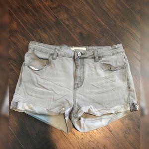 Gray Pacsun Super Stretch Shortie Shorts Size 28